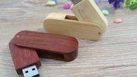 Pendrive de madera para el colegio